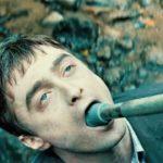 10 способов использовать труп Гарри Поттера: рецензия на фильм «Человек – швейцарский нож»